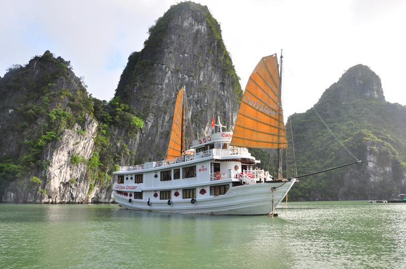 3DAYS 2 NIGHTS ESCAPE TO LEGENDARY HALONG BAY WITH CALYPSO CRUISER