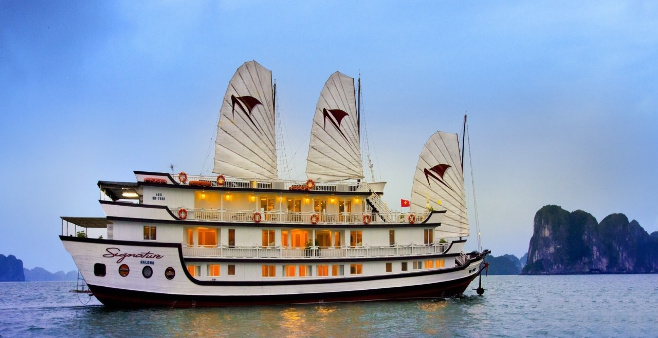 2 DAYS 1 NIGHT HALONG CRUISE ON SIGNATURE CRUISE